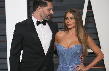 Врачи чудом спасли жизнь мужа актрисы Софии Вергары - Звездные новости - Джо Манганьелло долгое время не хотел обращаться к врачам
