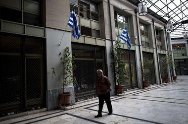 Еврогруппа заявила о нежелании списывать долг Греции