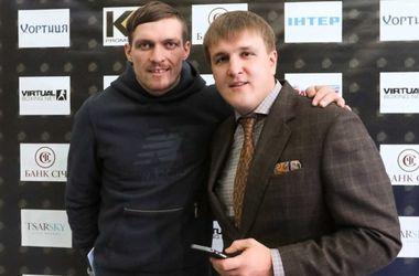 Команда Усика готова предложить чемпиону WBO Гловацки рекордный гонорар
