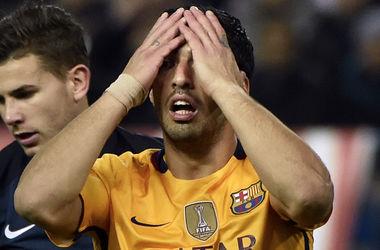 """Форвард """"Барселоны"""" Луис Суарес расплакался на встрече с больным ребенком"""