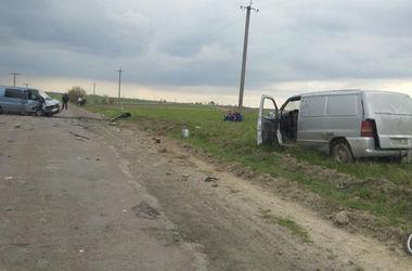 В  Ровенской области сын угнал машину и  устроил смертельное  ДТП