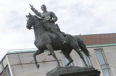Памятник Щорсу в Киеве не будут сносить