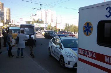 В Киеве водители маршруток устроили поножовщину