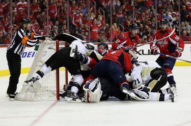 """Плей-офф НХЛ: """"Вашингтон"""" вышел вперед в серии с """"Питтсбургом"""""""