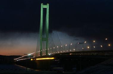 В Киеве ограничат движение по Южному мосту до конца мая
