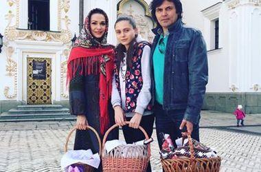 Как звезды отметили Пасху: Сумская и Брежнева посетили церковную службу, а Киркоров собрал друзей (фото)