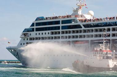 Первый за 50 лет круизный лайнер отправился из США на Кубу