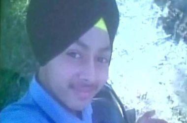 Подросток случайно выстрелил себе в голову, пытаясь сделать селфи