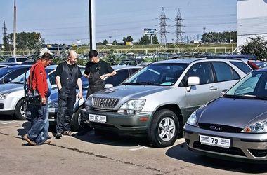 В Украине изменились правила продажи б/у автомобилей