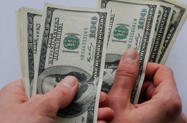 В одесском магазине сбывали фальшивые доллары