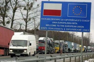 На украинской границе выстроились очереди