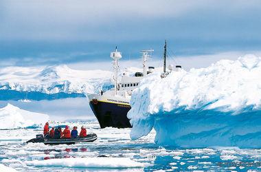 Туристы со всего мира рванули в Антарктиду
