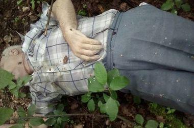 Под Киевом нашли тело убитого: мужчину душили и резали ножом