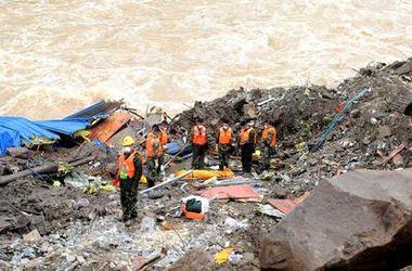 На стройплощадке в Китае сошел оползень: погибли 26 человек