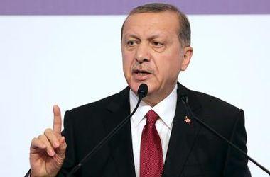 Эрдоган подал в суд на главу немецкого медиаконцерна из-за сатирического стиха