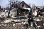 <p>Боевики тренируют десант. Фото: AFP</p>