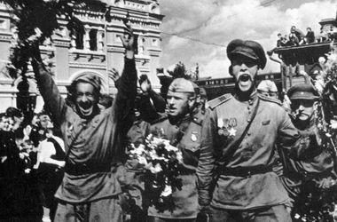 Ненавидіти фашистів, але не стріляти в беззбройних людей