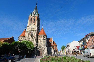 Польша готова дать 10 миллионов долларов на реконструкцию замка на Тернопольщине