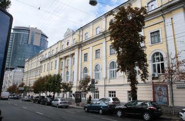 На бульваре Шевченко в Киеве ограничат движение до 27 мая