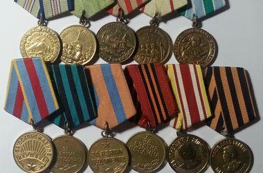 Украинец нес в Молдову коллекцию медалей и орденов