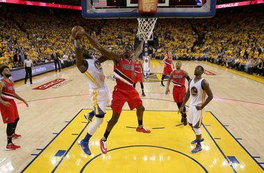 """Победитель """"регулярки"""" НБА """"Голден Стейт"""" вышел в финал плей-офф Западной конференции"""