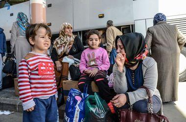 Уборщика в лагере для беженцев в Турции подозревают в изнасиловании 30 сирийских детей
