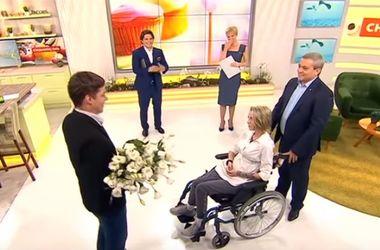 Парень волонтера Яны Зинкевич сделал ей предложение руки и сердца в прямом эфире (видео)