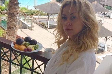 Певица Наталья Валевская в купальнике похвасталась отдыхом на Канарских островах (фото)