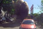 Пятница 13-е для московских автомобилистов: фонтан кипятка перевернул машину (фото,видео)