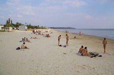 """В Крыму уверяют, что туристы """"валят толпами"""""""