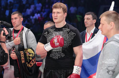 Бой Поветкин - Уайлдер отложен из-за допинга российского боксера