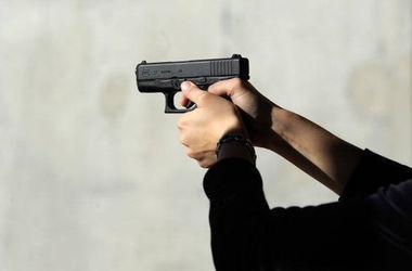 В Одессе двое неизвестных расстреляли Lexus: убит мужчина (фото)