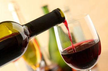 Названа оптимальная порция алкоголя для профилактики болезней сердца