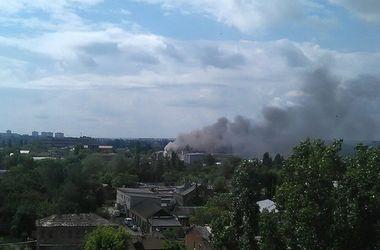 В Харькове произошел крупный пожар на складах