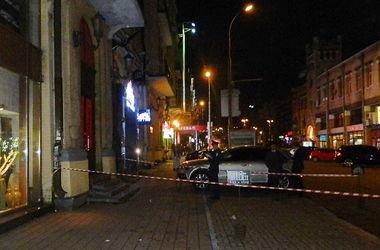 В Киеве поймали мужчину, устроившего в центре Киева разборки со стрельбой