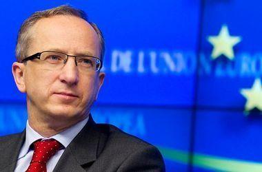 ЕС призывает Киев обеспечить законные выплаты внутренним переселенцам