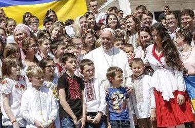 Украинские дети побывали на аудиенции у Папы Римского в Ватикане