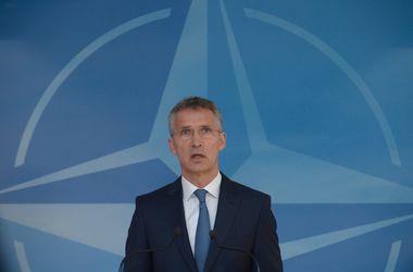 В ответ на действия РФ в Крыму НАТО усиливает присутствие в Черном море - Столтенберг