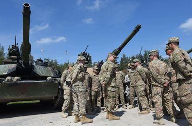 Военный комитет НАТО рекомендовал разместить в Балтии и Польше четыре батальона