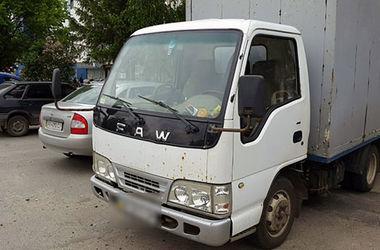 В Харькове грузин обокрал грузовую машину
