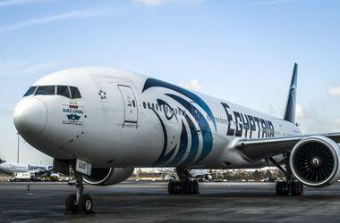 Крушение самолета A320: самописцы не найдены, одни обломки