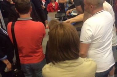 """В аэропорту """"Борисполь"""" 180 пассажиров сутки не могли вылететь в Анталию"""