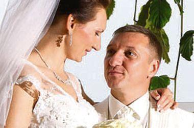 Заммэра Ивано-Франковска опроверг слухи о разводе с биатлонисткой Еленой Пидгрушной