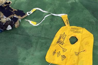 Обнаружены признаки взрыва на борту А320 EgyptAir