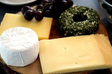 В Украине могут упасть цены на сыр - эксперты