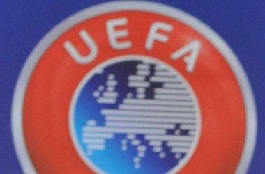 """УЕФА оштрафовал """"МЮ"""" и """"Ливерпуль"""" на общую сумму в 100 тысяч евро"""