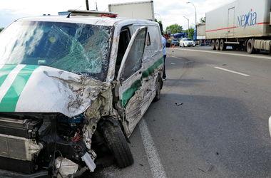 Подробности жуткого ДТП на Заболотного: пострадало три водителя и пассажир