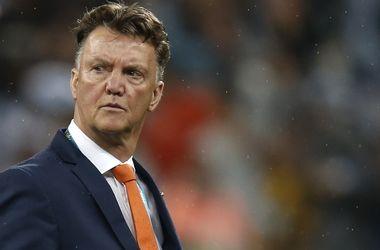 """Луи ван Гал узнал об увольнении из """"Манчестер Юнайтед"""" от Моуринью"""