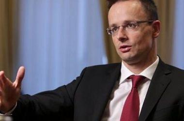 МИД Венгрии: Мы не будем автоматически продлевать санкции против РФ