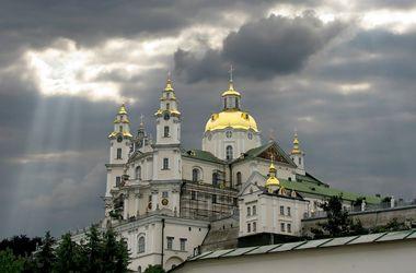 В УПЦ считают, что отнять Почаевскую лавру хотят те, кому нужна в Украине религиозная вражда